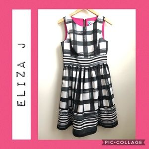Eliza J Fit and Flare Windowpane Dress 💗🖤